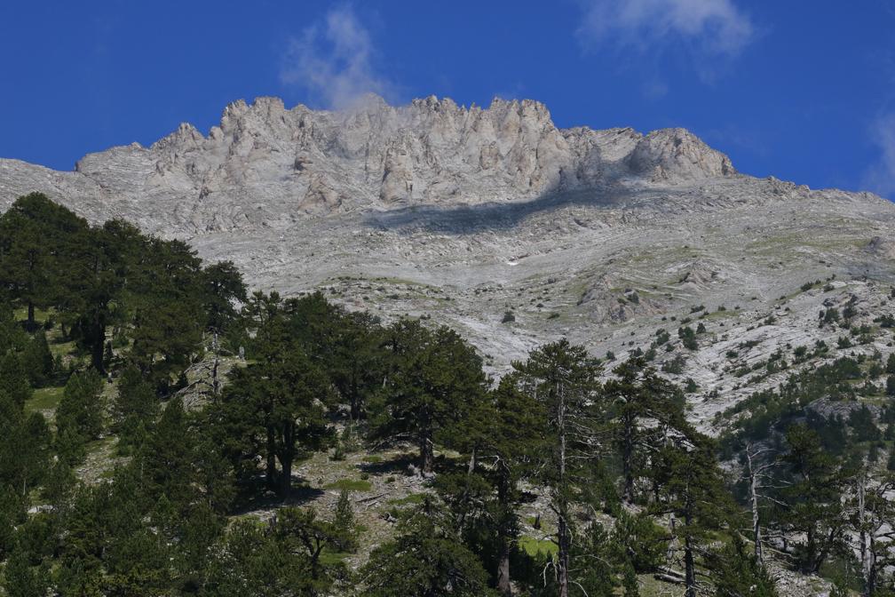 Планината Олимп – в подножието на връх Митикас