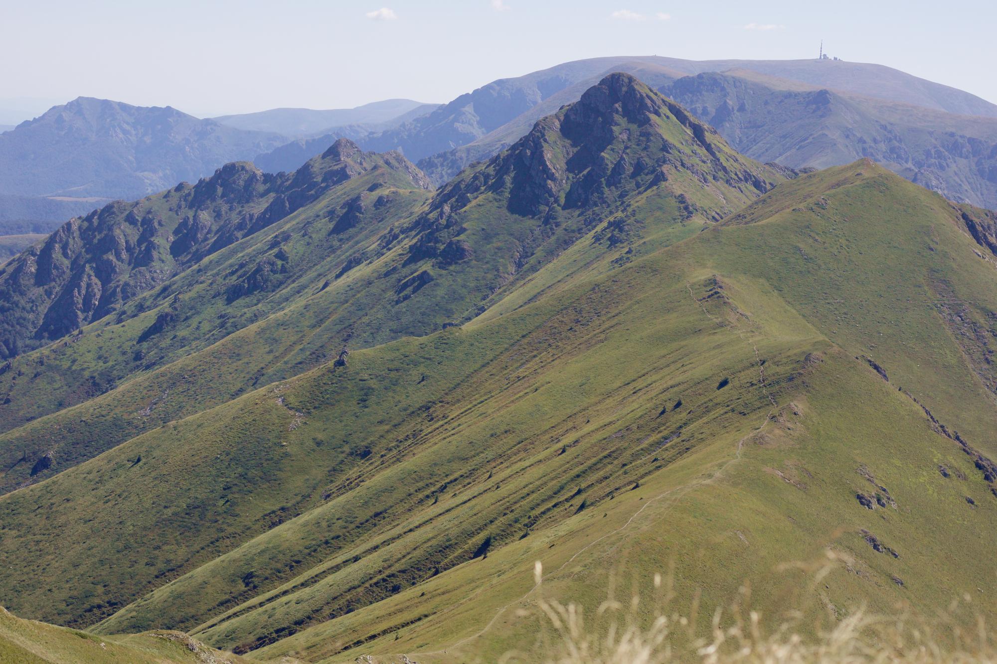 Четири дни, четири нощи с палатка в Стара планина – ден 2, от хижа Амбарица през Старопланинския траверс до заслон Ботев