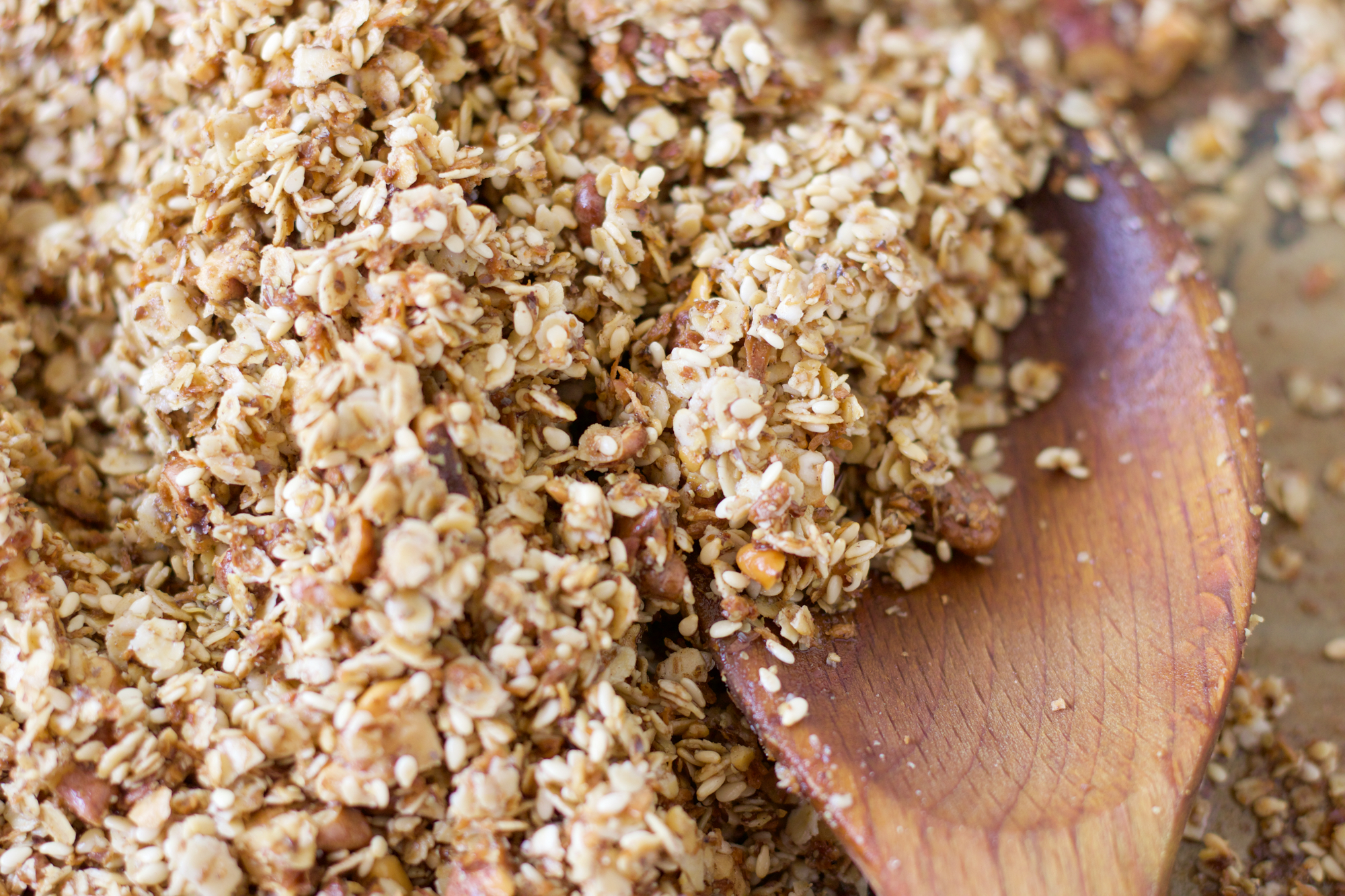 Домашна гранола – вкусна и пълноценна закуска